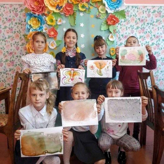 Шагают вместе по планете Центры творчества и дети