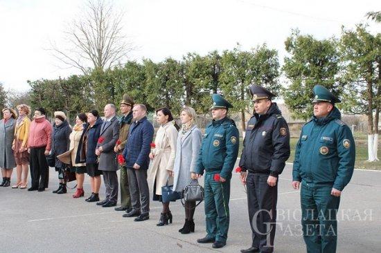 Открытие памятной доски в честь  Героя Советского Союза Н.П.Массонова